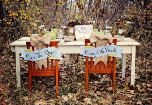 ll thanksgiving table in woods