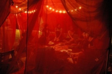 red-tent-8.jpg